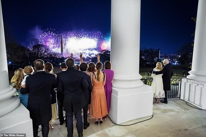 Loạt ảnh hiểm về cuộc sống trong Nhà Trắng của Tổng thống Joe Biden - ảnh 3