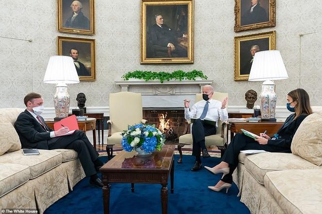 Loạt ảnh hiểm về cuộc sống trong Nhà Trắng của Tổng thống Joe Biden - ảnh 6
