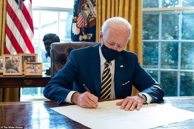 Loạt ảnh hiểm về cuộc sống trong Nhà Trắng của Tổng thống Joe Biden - ảnh 8