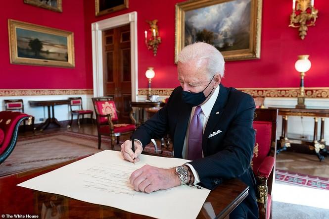 Loạt ảnh hiểm về cuộc sống trong Nhà Trắng của Tổng thống Joe Biden - ảnh 12