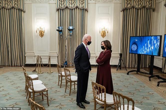 Loạt ảnh hiểm về cuộc sống trong Nhà Trắng của Tổng thống Joe Biden - ảnh 13