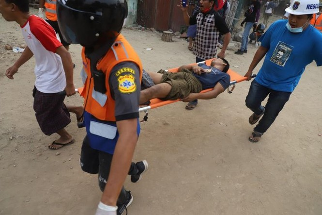 Myanmar coup: 2 more protesters were killed by bullets - photo 2