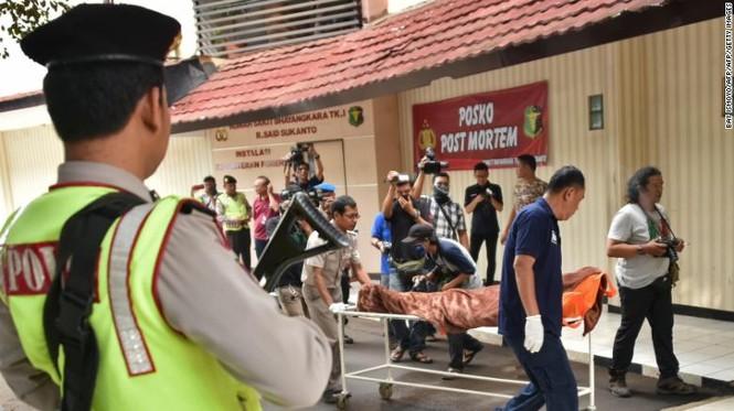 người giúp việc ô-sin Indonesia Singapore Hong Kong IS tuyển dụng tài trợ khủng bố - ảnh 1