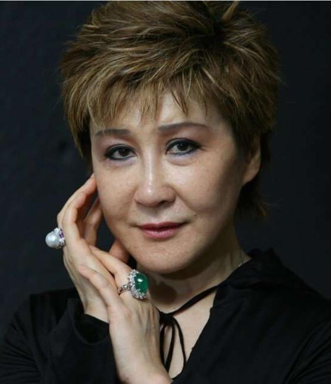 Lý Tiểu Long, Đinh Phối, võ thuật, cái chết, thuốc giảm đau, tình dục, Hong Kong, diễn viên, Đài Loan - ảnh 7