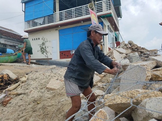 Bình Định lên phương án di dời hơn 1000 hộ dân trước dự báo bão đổ bộ - ảnh 2