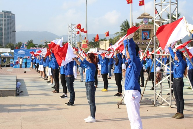 Đồng diễn Semaphore của Thành đoàn Đà Nẵng xác lập kỷ lục Việt Nam - ảnh 5
