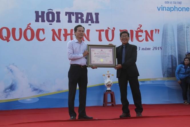 Đồng diễn Semaphore của Thành đoàn Đà Nẵng xác lập kỷ lục Việt Nam - ảnh 7