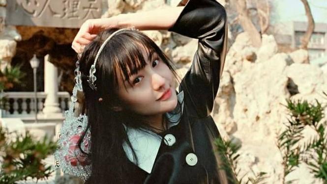 Ngắm Trịnh Sảng xinh lung linh trên bìa tạp chí Thời Thượng Du Lịch tháng 5 - ảnh 4