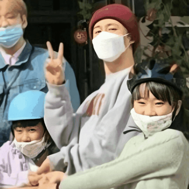 Rời nhóm vì scandal mua bán chất cấm, 1 năm qua, cuộc sống của B.I (iKON) như thế nào? - ảnh 4