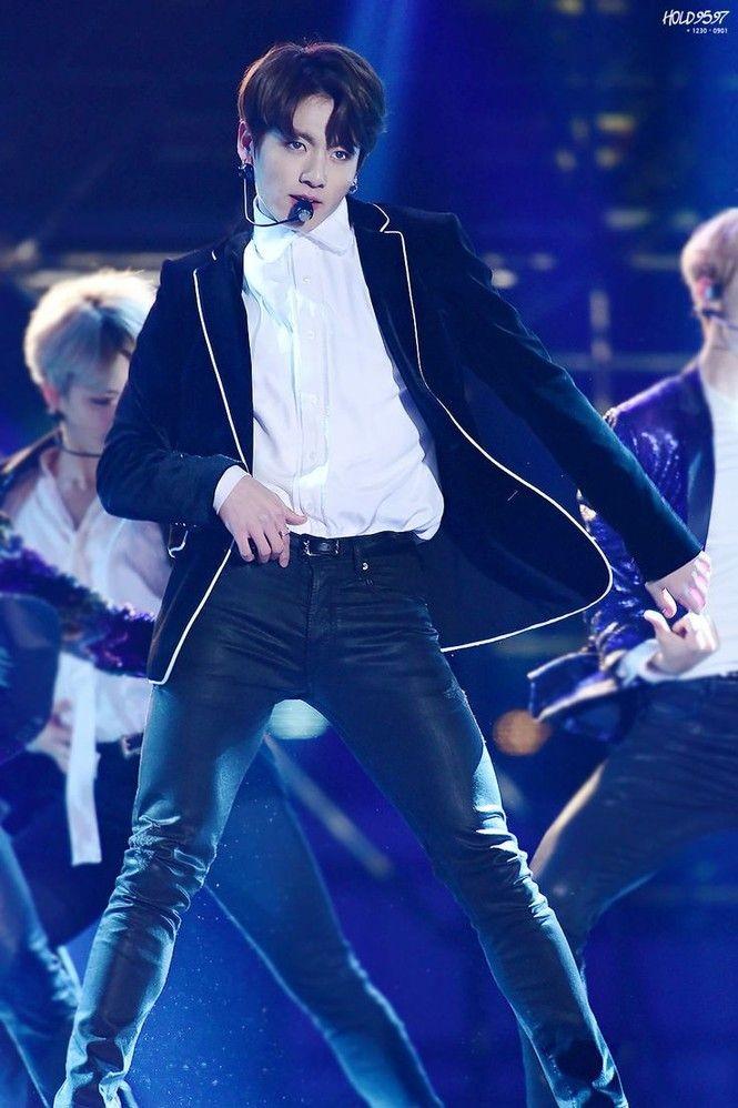 """Điều gì làm nên những """"cây hút fan"""" của các nhóm nhạc K-Pop? - ảnh 4"""