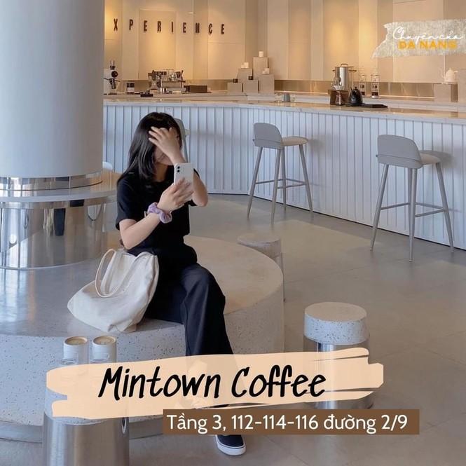Đà Nẵng: Top 5 quán cà phê xinh lung linh teen tha hồ check-in mùa Giáng Sinh - ảnh 5
