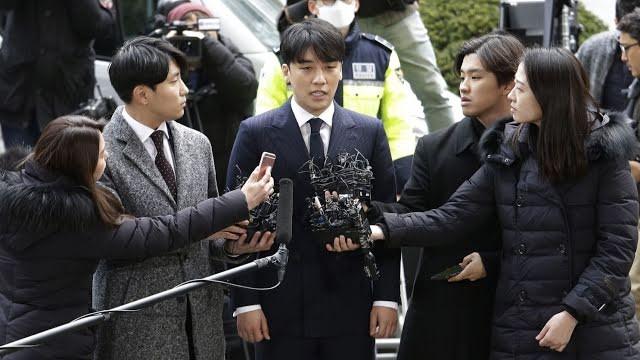 """Sau 2 năm, Hyoyeon (SNSD) bất ngờ bị dính vào """"Vầng mặt trời đen tối"""" Burning Sun - ảnh 1"""