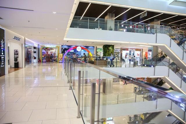 Các trung tâm thương mại vừa đồng loạt đóng của rồi! - ảnh 4
