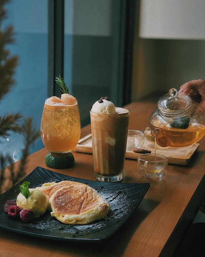 """TP.HCM: Sài Gòn tạnh mưa rồi đó, cà phê """"Nai"""" hay cà phê """"Gấu"""" đây? - ảnh 6"""