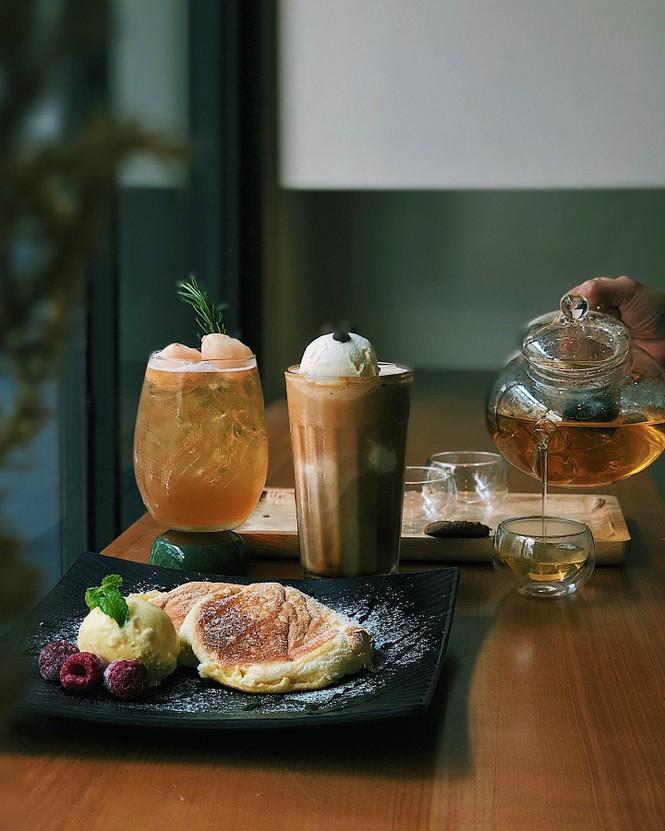 """TP.HCM: Sài Gòn tạnh mưa rồi đó, cà phê """"Nai"""" hay cà phê """"Gấu"""" đây? - ảnh 7"""