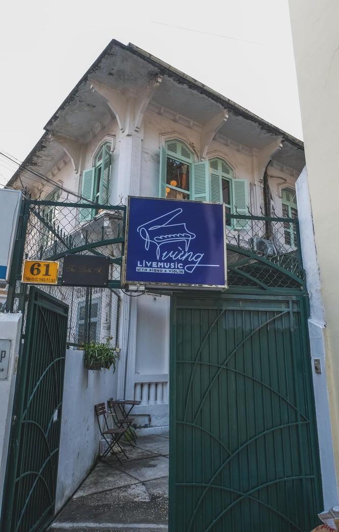 Ngược dòng thời gian quay trở về những tiệm cà phê mang phong cách Sài Gòn xưa - ảnh 1