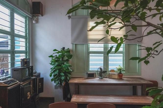Ngược dòng thời gian quay trở về những tiệm cà phê mang phong cách Sài Gòn xưa - ảnh 2