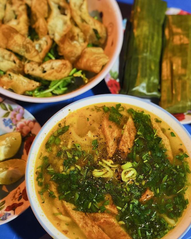 Sài Gòn đổ mưa rồi đó, em đã ăn gì chưa? - ảnh 2