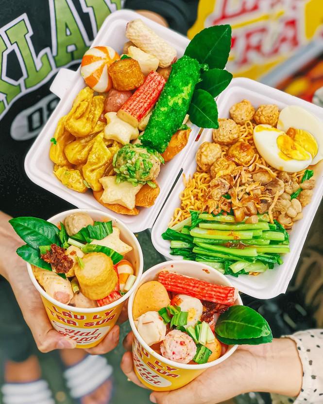 Sài Gòn trở lạnh, cùng gõ cửa thế giới xiên que và gà nướng phô mai - ảnh 2