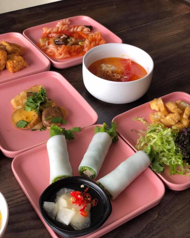 """Hà Nội phố: """"Đổi gió"""" với buffet chay healthy giá cực mềm, địa điểm lại xinh  - ảnh 6"""