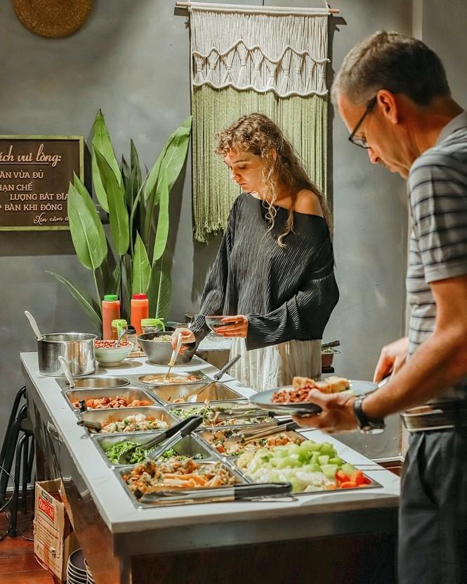 """Hà Nội phố: """"Đổi gió"""" với buffet chay healthy giá cực mềm, địa điểm lại xinh  - ảnh 3"""