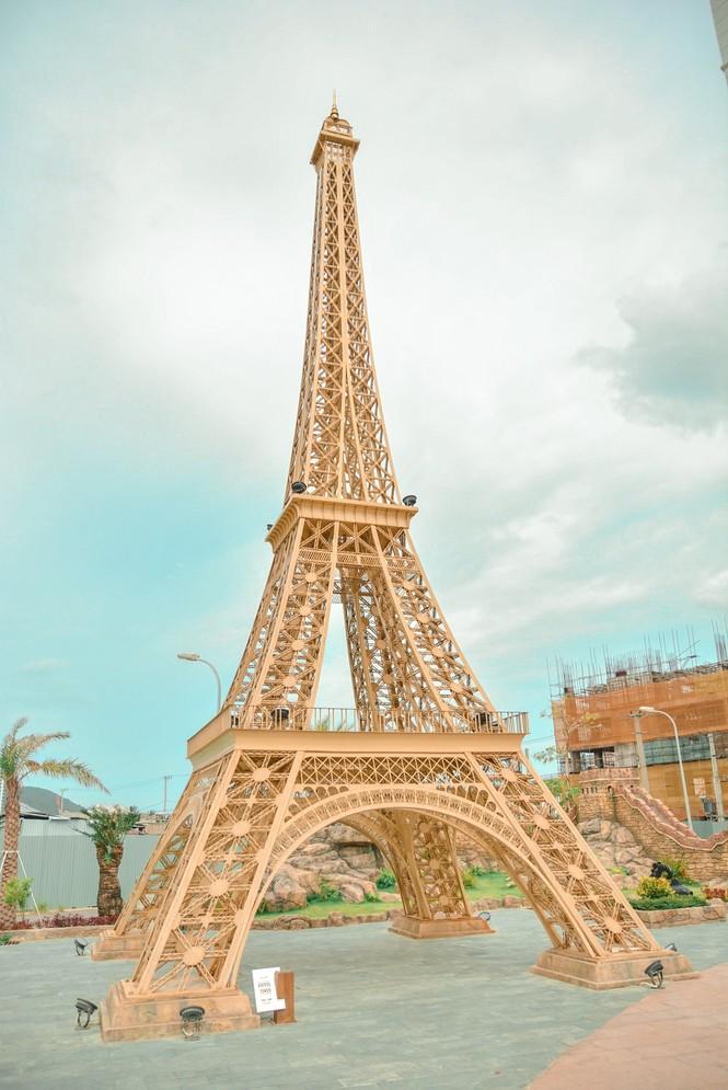 """Ngỡ ngàng trước một """"Châu Âu nhỏ xinh"""" trong lòng thành phố Đà Nẵng - ảnh 2"""