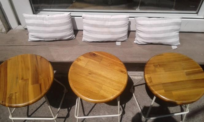 Hẹn hò Sài Gòn: Dừng chân nghỉ ngơi tại hai tiệm cà phê xinh xắn ẩn mình trong hẻm nhỏ - ảnh 4