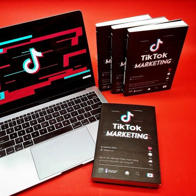 TikTok Markerting: Cuốn sách hướng dẫn triển khai marketing trên TikTok cho người trẻ - ảnh 3