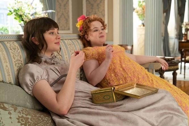 """""""Bridgerton"""" và những bộ trang phục lộng lẫy: Mỗi một màu sắc """"bật mí"""" một bí mật  - ảnh 5"""