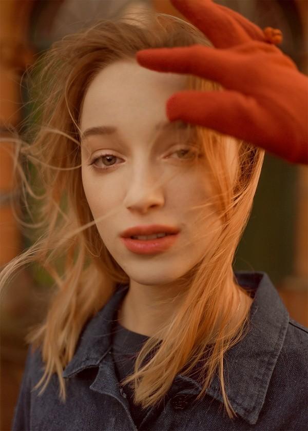 """Chân dung gia đình thượng lưu """"Bridgerton"""" của Netflix: Trai thì xinh, gái thì đẹp! - ảnh 19"""