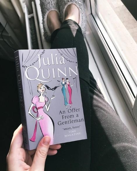 """Mê mẩn """"Bridgerton"""" của Netflix, không thể bỏ qua bộ tiểu thuyết lãng mạn của Julia Quinn - ảnh 8"""