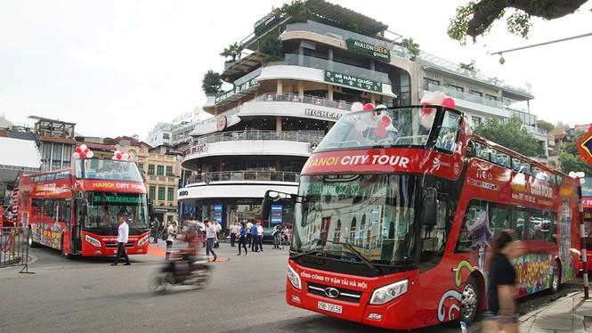 Hà Nội khai trương xe buýt 2 tầng phục vụ khách du lịch - ảnh 3