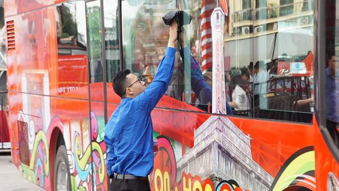 Hà Nội khai trương xe buýt 2 tầng phục vụ khách du lịch - ảnh 8