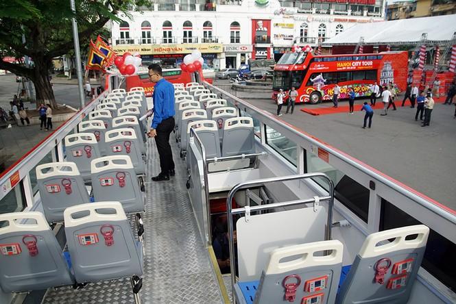 Hà Nội khai trương xe buýt 2 tầng phục vụ khách du lịch - ảnh 10