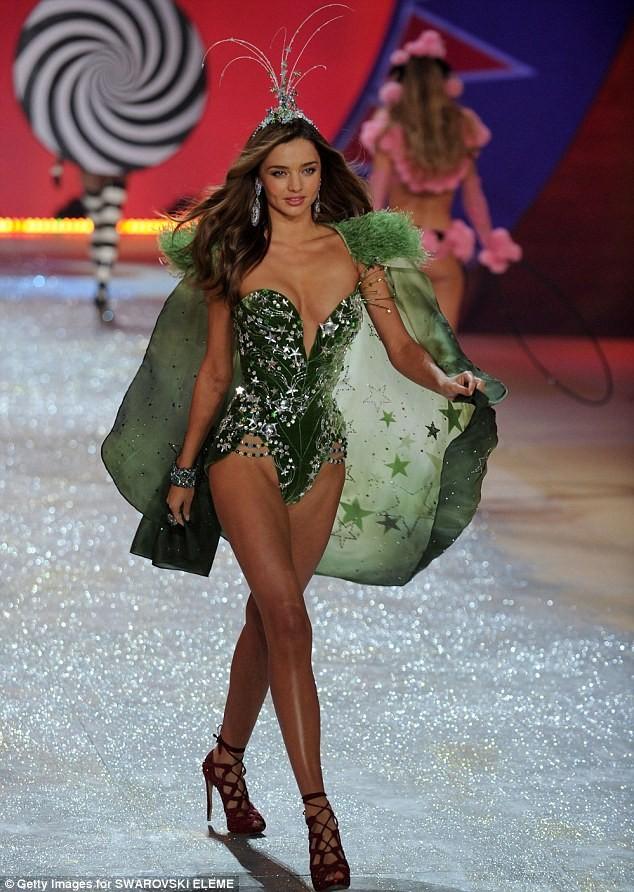 Miranda Kerr làm mẫu đồ lót cho hãng Calvin Klein - ảnh 5