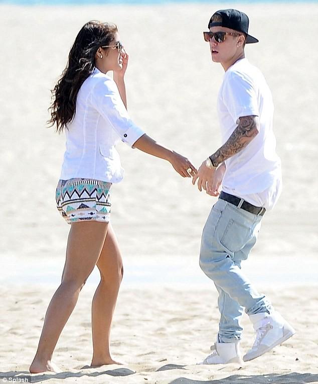 Justin Bieber tiếp tục hẹn hò bạn gái mới - ảnh 1