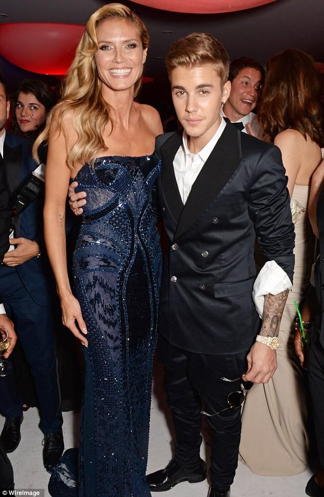 Justin Bieber bị tố sàm sỡ, siêu mẫu ra mặt bênh vực - ảnh 2