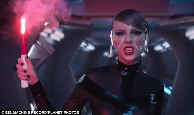 Taylor Swift phá vỡ kỷ lục Youtube bằng MV mới - ảnh 3