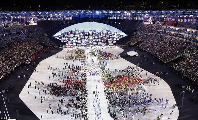 Khai mạc Olympic 2016: Rực rỡ pháo hoa, rộn ràng hát ca - ảnh 21