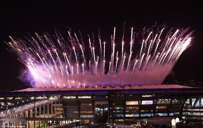 Khai mạc Olympic 2016: Rực rỡ pháo hoa, rộn ràng hát ca - ảnh 3