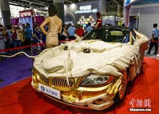 Lóa mắt với BMW Z4 hình rồng dát vàng lấp lánh - ảnh 2