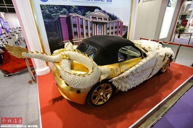 Lóa mắt với BMW Z4 hình rồng dát vàng lấp lánh - ảnh 3