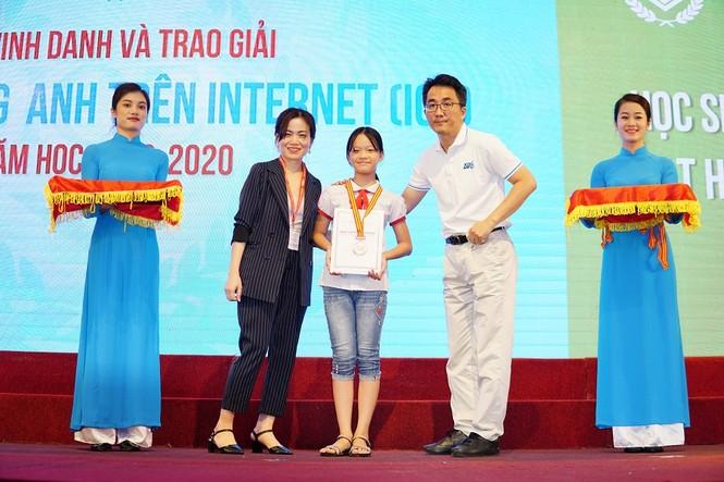 Lễ trao giải cuộc thi IOE lần thứ 10: Hàng trăm học sinh tài năng háo hức nhận phần thưởng - ảnh 1