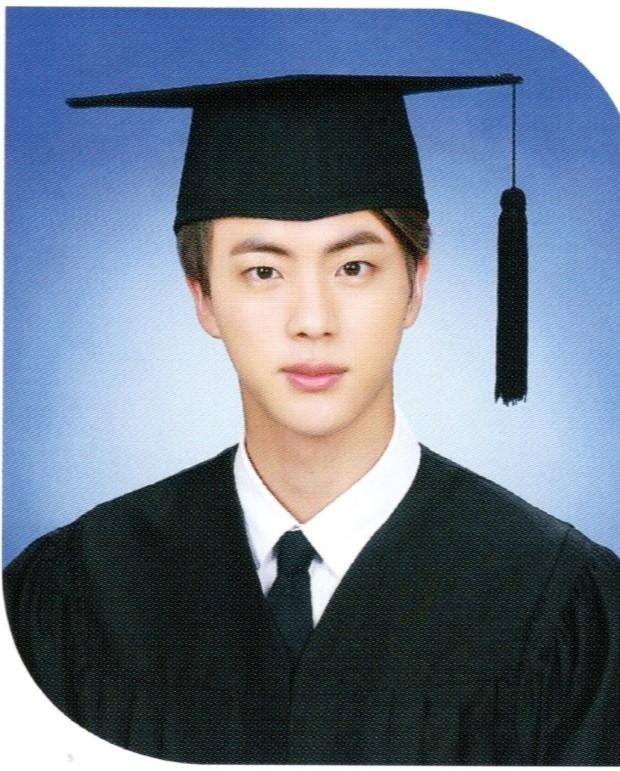 Ảnh tốt nghiệp của idol K-Pop: ai cũng xinh lung linh - ảnh 18