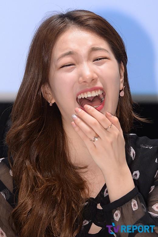 Suzy từng bị JYP cấm cười - ảnh 7