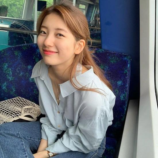 Suzy từng bị JYP cấm cười - ảnh 2