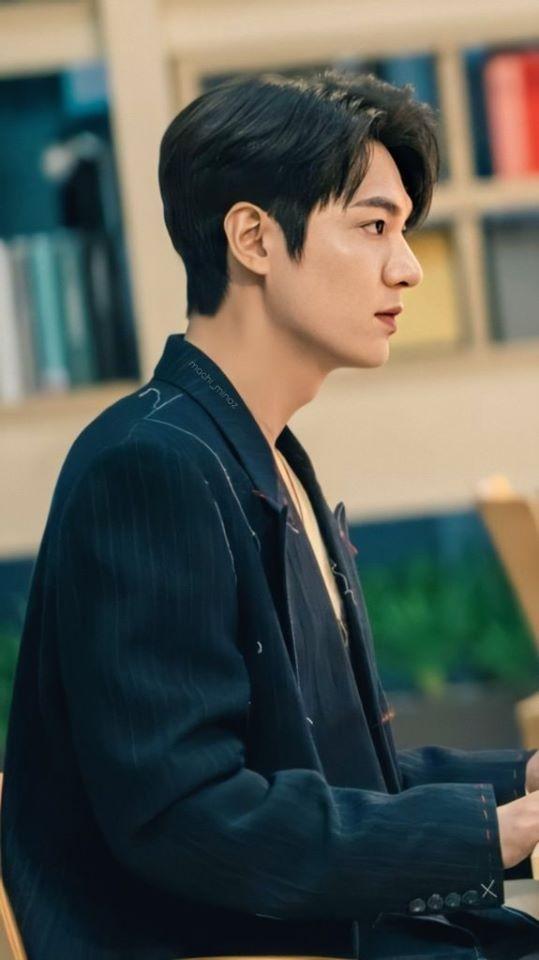 Lee Min Ho khiến Kim Go Eun xao xuyến vì chiếc mũi cực phẩm - ảnh 2