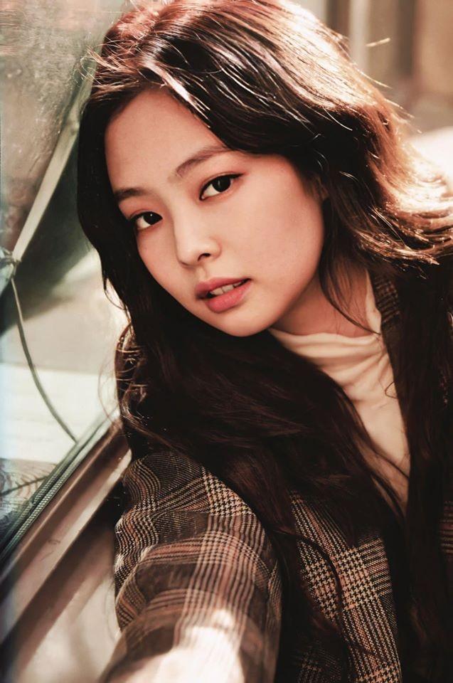 Thử đoán xem điểm gì trên khuôn mặt Jennie khiến con gái xứ Hàn ước ao nhất? - ảnh 1