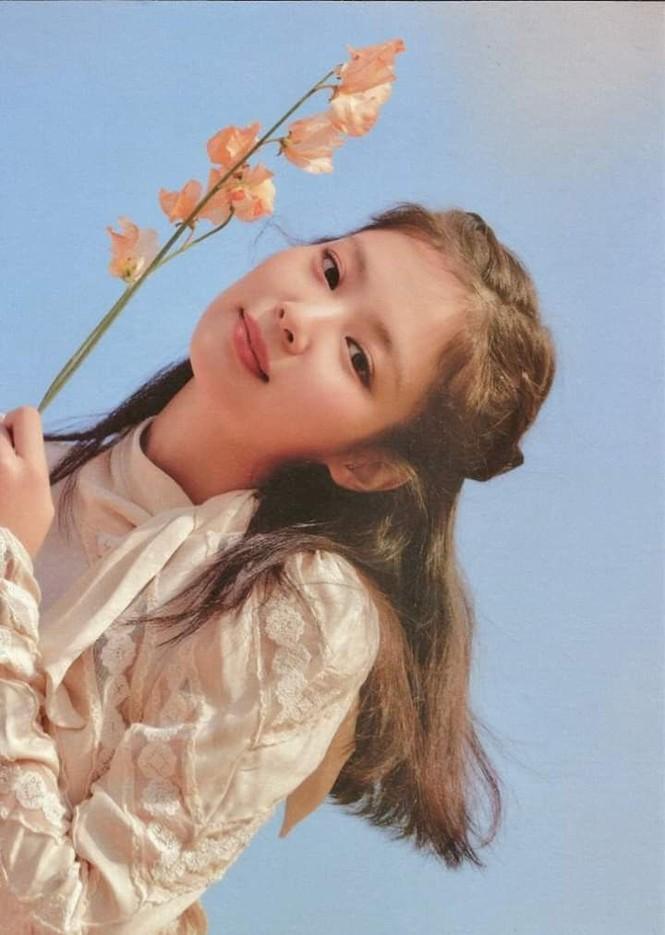 Thử đoán xem điểm gì trên khuôn mặt Jennie khiến con gái xứ Hàn ước ao nhất? - ảnh 6