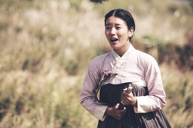 """Xinh đẹp như thế, cớ sao Seo Ye Ji chưa để mặt mộc trên phim """"Điên thì có sao""""? - ảnh 2"""